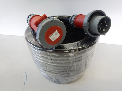 16A verlengkabel met 5G4mm² neopreen kabel 380V IP67 30 meter